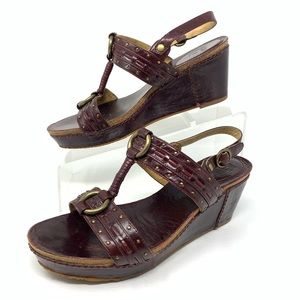 Frye Plum Leather T-Strap Wedge Heel Sandals 7.5M